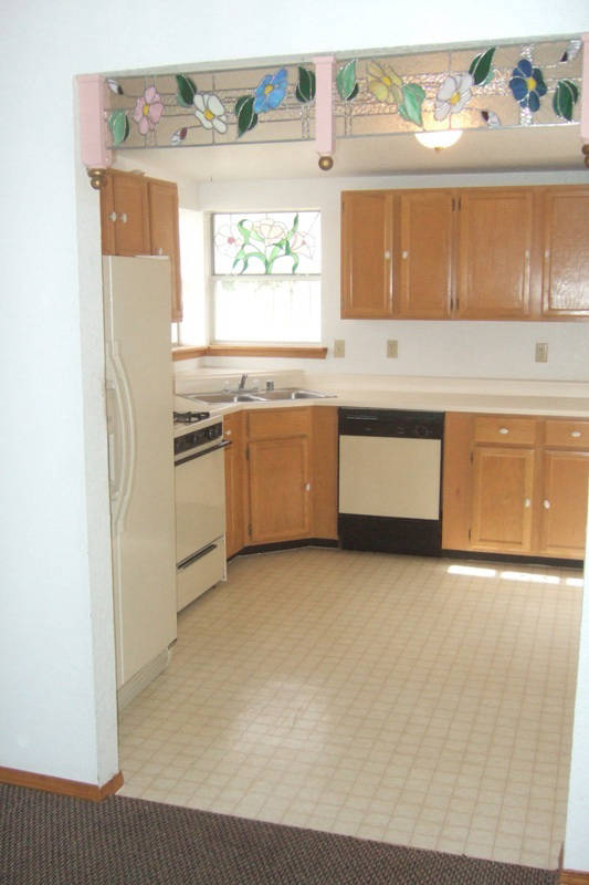 3212RidgeView_Kitchen